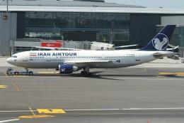 BTYUTAさんが、イスタンブール空港で撮影したイランエアツアーズ A300B4-605Rの航空フォト(写真)