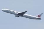 zettaishinさんが、ジョン・F・ケネディ国際空港で撮影した日本航空 777-346/ERの航空フォト(写真)