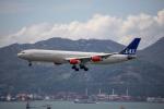 チャッピー・シミズさんが、香港国際空港で撮影したスカンジナビア航空 A340-313Xの航空フォト(写真)