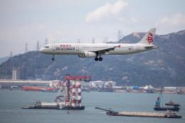 チャッピー・シミズさんが、香港国際空港で撮影したキャセイドラゴン A321-231の航空フォト(写真)