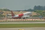 ユターさんが、シンガポール・チャンギ国際空港で撮影したエア・インディア・エクスプレス 737-8HGの航空フォト(写真)