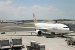 BTYUTAさんが、イスタンブール空港で撮影したリビア航空 A330-202の航空フォト(飛行機 写真・画像)