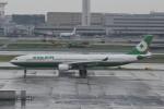 T.Kawaseさんが、羽田空港で撮影したエバー航空 A330-302の航空フォト(写真)