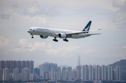 チャッピー・シミズさんが、香港国際空港で撮影したキャセイパシフィック航空 777-367/ERの航空フォト(写真)