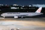 ishikenさんが、伊丹空港で撮影した日本航空 777-289の航空フォト(写真)