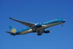 JA8037さんが、羽田空港で撮影したベトナム航空 A350-941XWBの航空フォト(写真)