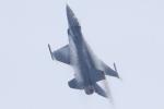 プラグマニアさんが、防府北基地で撮影したアメリカ空軍 F-16C-30-CF Fighting Falconの航空フォト(写真)