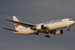 imosaさんが、羽田空港で撮影した日本航空 767-346の航空フォト(写真)