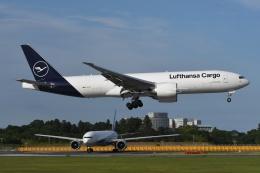 tassさんが、成田国際空港で撮影したルフトハンザ・カーゴ 777-FBTの航空フォト(写真)