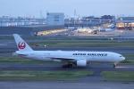 OS52さんが、羽田空港で撮影した日本航空 777-289の航空フォト(写真)