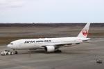 zero1さんが、新千歳空港で撮影した日本航空 777-289の航空フォト(写真)