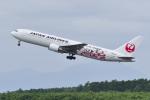 パンダさんが、新千歳空港で撮影した日本航空 767-346の航空フォト(写真)