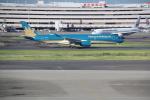 AntonioKさんが、羽田空港で撮影したベトナム航空 A350-941の航空フォト(飛行機 写真・画像)