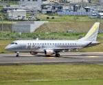 東亜国内航空さんが、仙台空港で撮影したフジドリームエアラインズ ERJ-170-200 (ERJ-175STD)の航空フォト(写真)