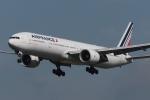 木人さんが、成田国際空港で撮影したエールフランス航空 777-328/ERの航空フォト(写真)