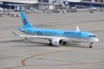 まこやんさんが、中部国際空港で撮影した大韓航空 A220-300 (BD-500-1A11)の航空フォト(写真)