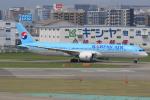 みるぽんたさんが、福岡空港で撮影した大韓航空 787-9の航空フォト(写真)
