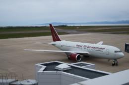 新潟空港 - Niigata Airport [KIJ/RJSN]で撮影されたオムニエアインターナショナル - Omni Air International [OAE]の航空機写真