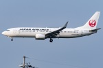 ishikenさんが、伊丹空港で撮影した日本航空 737-846の航空フォト(写真)