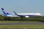知希(仮)さんが、成田国際空港で撮影した全日空 767-381/ERの航空フォト(写真)