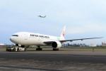 まったり屋さんが、羽田空港で撮影した日本航空 777-246/ERの航空フォト(写真)
