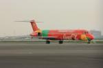 メンチカツさんが、羽田空港で撮影したダニッシュ・エア・トランスポート MD-83 (DC-9-83)の航空フォト(写真)