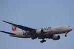 imosaさんが、羽田空港で撮影した日本航空 777-246の航空フォト(写真)