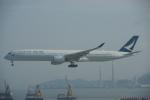 JA8037さんが、香港国際空港で撮影したキャセイパシフィック航空 A350-1041の航空フォト(写真)