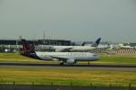 twinengineさんが、ロンドン・ヒースロー空港で撮影したブリュッセル航空 A320-214の航空フォト(写真)