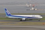 kumagorouさんが、羽田空港で撮影した全日空 767-381の航空フォト(写真)