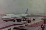 ヒロリンさんが、小松空港で撮影した全日空 747SR-81の航空フォト(写真)