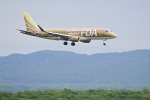 パンダさんが、新千歳空港で撮影したフジドリームエアラインズ ERJ-170-200 (ERJ-175STD)の航空フォト(飛行機 写真・画像)