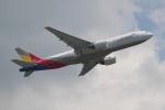 OMAさんが、香港国際空港で撮影したアシアナ航空 777-28E/ERの航空フォト(飛行機 写真・画像)