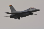 sukiさんが、防府北基地で撮影したアメリカ空軍 F-16CM-50-CF Fighting Falconの航空フォト(写真)