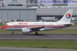 いおりさんが、福岡空港で撮影した中国東方航空 A319-115の航空フォト(写真)