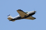 ATOMさんが、帯広空港で撮影した日本法人所有 A36AT Bonanza 36の航空フォト(写真)