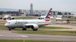 誘喜さんが、ロンドン・ヒースロー空港で撮影したアメリカン航空 787-8 Dreamlinerの航空フォト(写真)