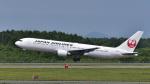 パンダさんが、新千歳空港で撮影した日本航空 767-346/ERの航空フォト(写真)