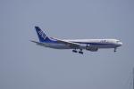 リンリンさんが、新千歳空港で撮影した全日空 767-381/ERの航空フォト(写真)