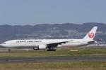 リンリンさんが、伊丹空港で撮影した日本航空 777-346の航空フォト(写真)