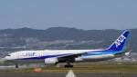 リンリンさんが、伊丹空港で撮影した全日空 777-281/ERの航空フォト(写真)