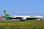 HISAHIさんが、福岡空港で撮影したエバー航空 777-35E/ERの航空フォト(写真)
