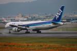 代打の切札さんが、伊丹空港で撮影した全日空 767-381/ERの航空フォト(写真)