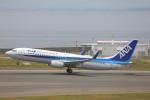 OS52さんが、中部国際空港で撮影した全日空 737-881の航空フォト(写真)