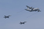 Koenig117さんが、岩国空港で撮影したアメリカ海兵隊 KC-130J Herculesの航空フォト(写真)