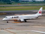 名無しの権兵衛さんが、伊丹空港で撮影したジェイ・エア ERJ-190-100(ERJ-190STD)の航空フォト(写真)