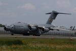 endress voyageさんが、伊丹空港で撮影したアメリカ空軍 C-17A Globemaster IIIの航空フォト(写真)