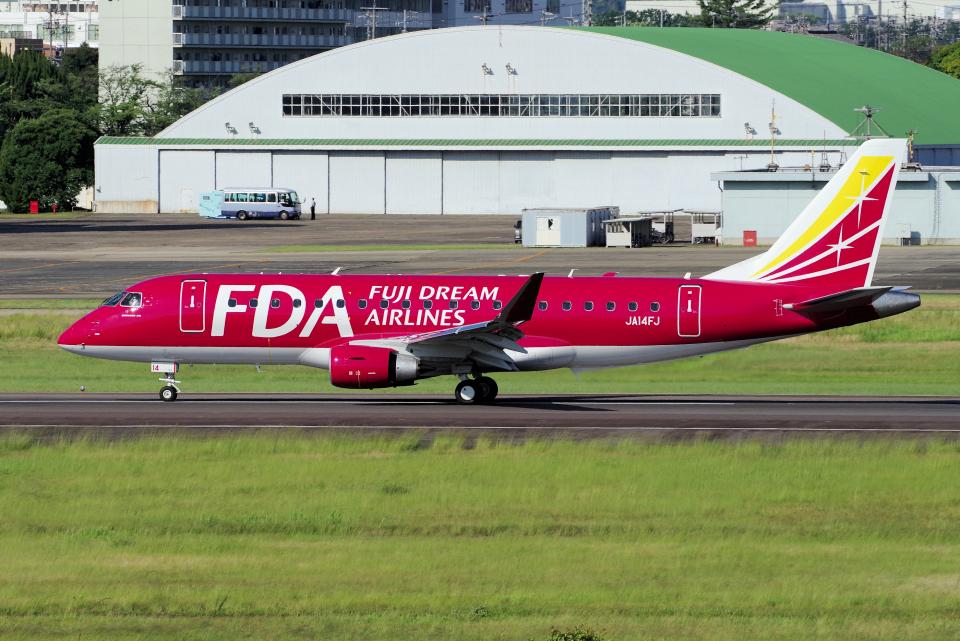 yabyanさんのフジドリームエアラインズ Embraer ERJ-175 (JA14FJ) 航空フォト