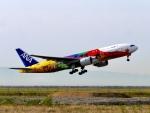 yossy602Aさんが、神戸空港で撮影した全日空 777-281/ERの航空フォト(写真)