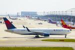 SGR RT 改さんが、関西国際空港で撮影したデルタ航空 767-332/ERの航空フォト(写真)